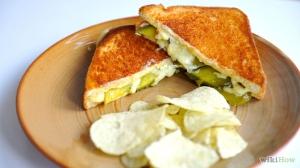 670px-Make-a-Grilled-Cheese-and-Pickle-Sandwich-Intro